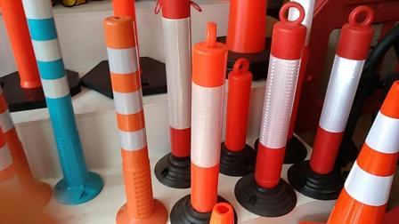 厂家高品质柱式隧道诱导标高1.1m道口标路橡胶底座